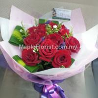10 valentines roses bouquet