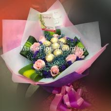 8 choclate with 8 roses bouquet