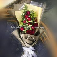 Romantic flowers bouquet