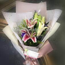Stargazers flower bouquet