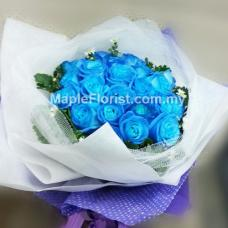 20 blue roses bouquet