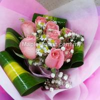8 roses bouquet (Johor Bahru only)
