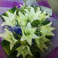 Valentines 10 lily bouquet