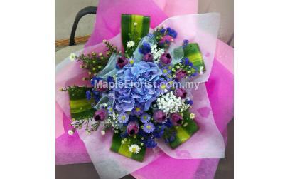 Hydrangea with 10 tulips bouquet